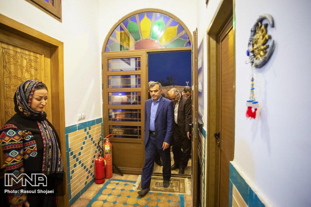 سفر معاون توسعه روستایی و مناطق محروم کشور به اصفهان