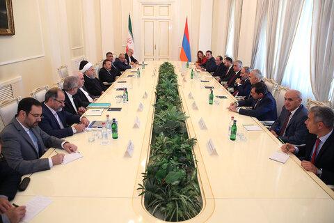 تهران و ایروان دنبال فعال کردن ظرفیتهای همکاری گسترده اقتصادی هستند
