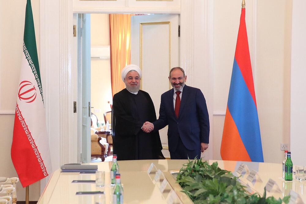 نخست وزیر ارمنستان از ادامه گفتوگوها با ایران خبر داد