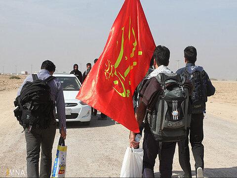 اجتماع ۱۰۰ هزار نفری زائران اربعین در امامزاده شاه کرم اصفهان