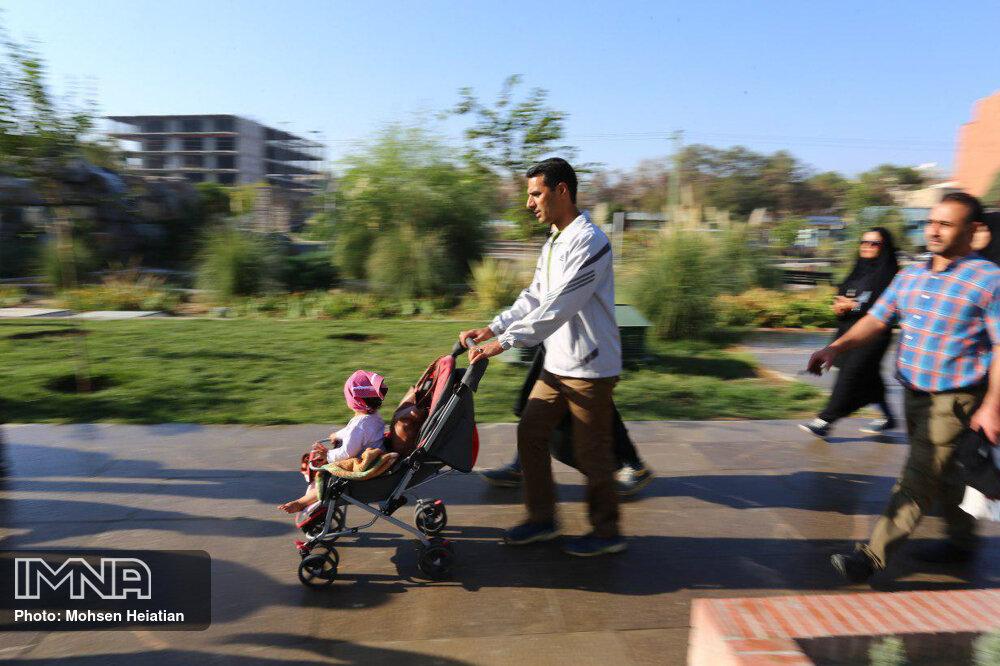 پیادهروی عمومی شهروندان خرمآبادی