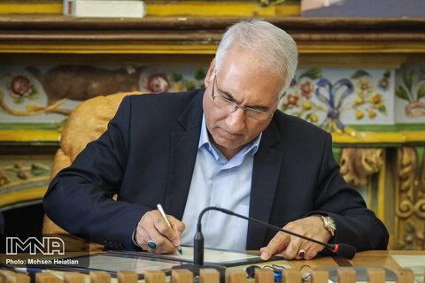 پیام تبریک شهردار اصفهان به سفیر جدید ایران در باکو