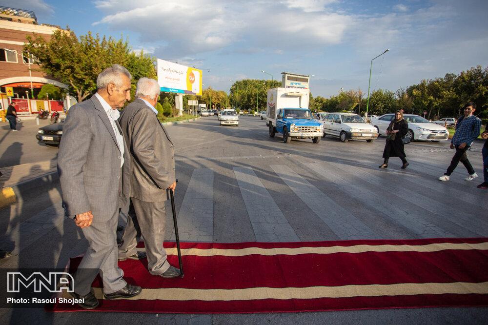 نیاز ۳۰۰ هزار سالمند اصفهانی با مراکز خدماتی موجود همخوانی ندارد