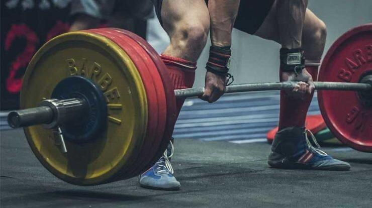 با کمبود مربی، اعتبار و امکانات ورزشی رو به رو هستیم