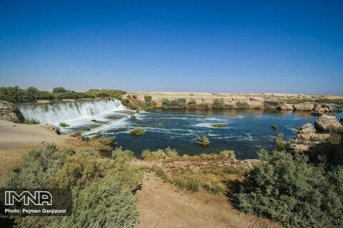 آب بند شانزده ده در روستای فارفان