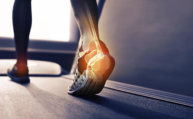 علت آسیبدیدن پاها چیست؟