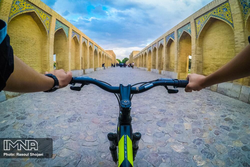 اصفهان؛ شهر دوچرخه ها