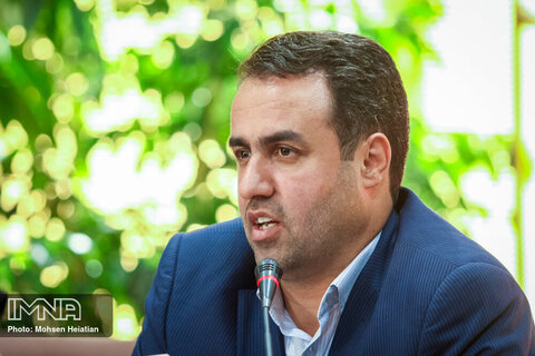 علی باقری مدیر منطقه ۱۲ شهرداری اصفهان