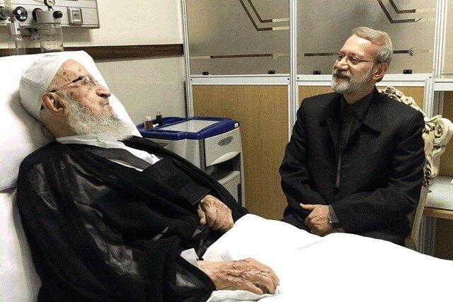 عیادت رئیس مجلس از آیتالله مکارم شیرازی