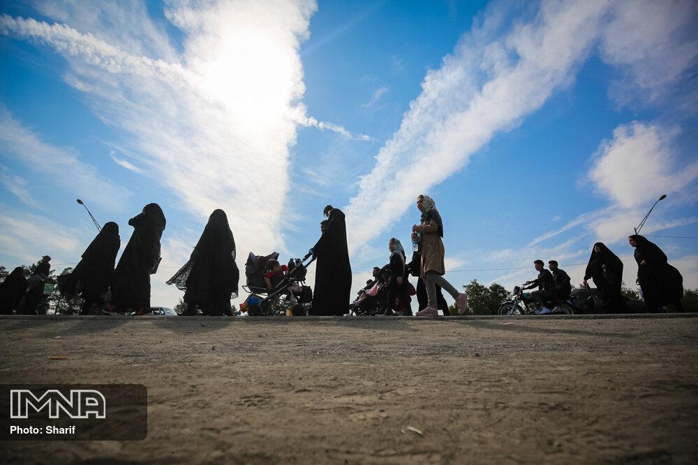 پیاده روی اربعین حسینی تا امامزاده شاه کرم