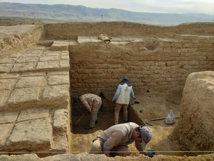 کشف مُهرهای هخامنشی از یک محوطه تاریخی خراسان شمالی