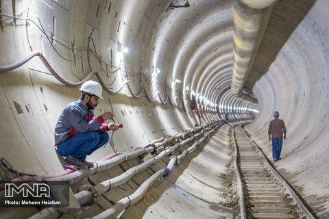افزایش اعتبارات عمرانی/پروژه قطار شهری روی ریل پیشرفت