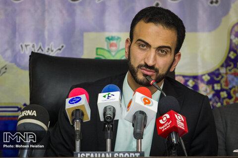 حضور اصفهان در مدیریت فوتبال ملی باید ادامه یابد/در قضیه مطهری دنبال هیاهوی رسانهای نیستم