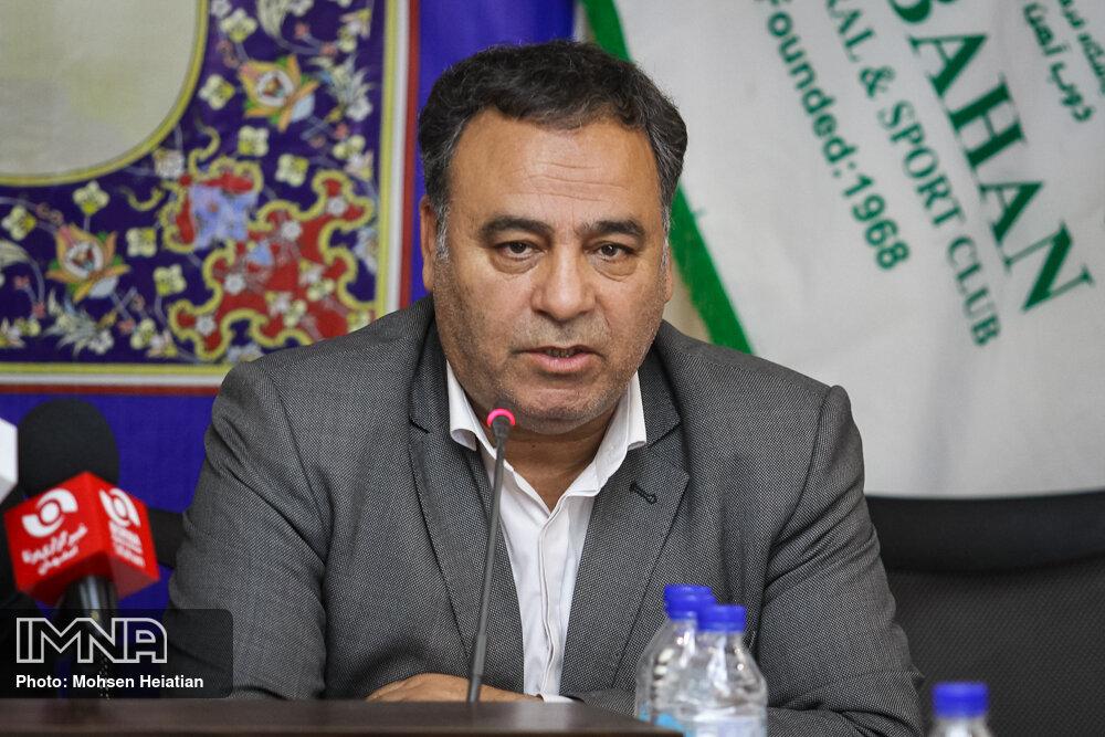 جمشیدی: دیدگاه باشگاه ذوب آهن در خصوص تغییرات بازیکنان است نه منصوریان