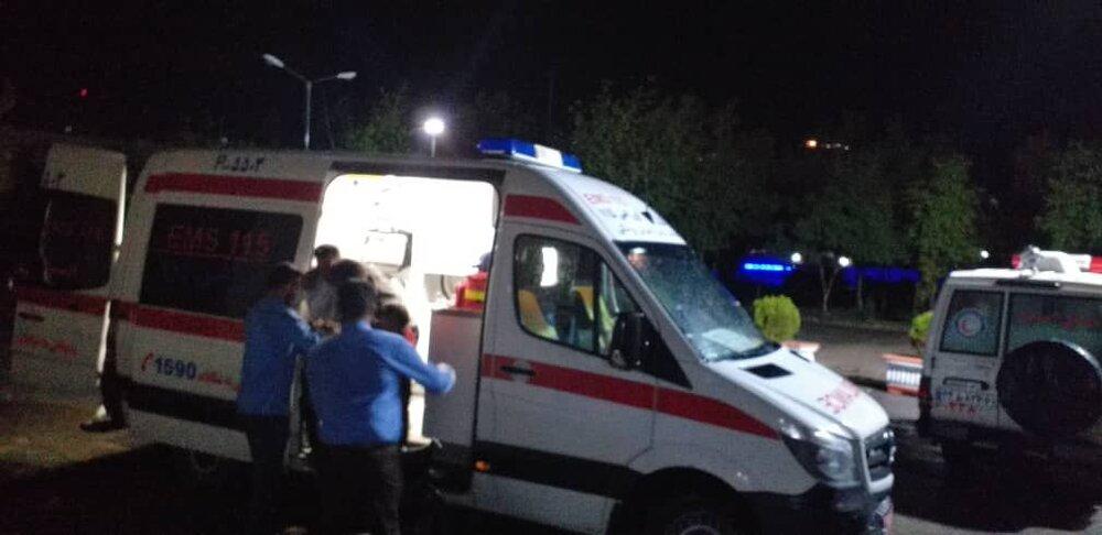 یک کشته و ۳ مصدوم در تصادف شدید پژو و تریلی