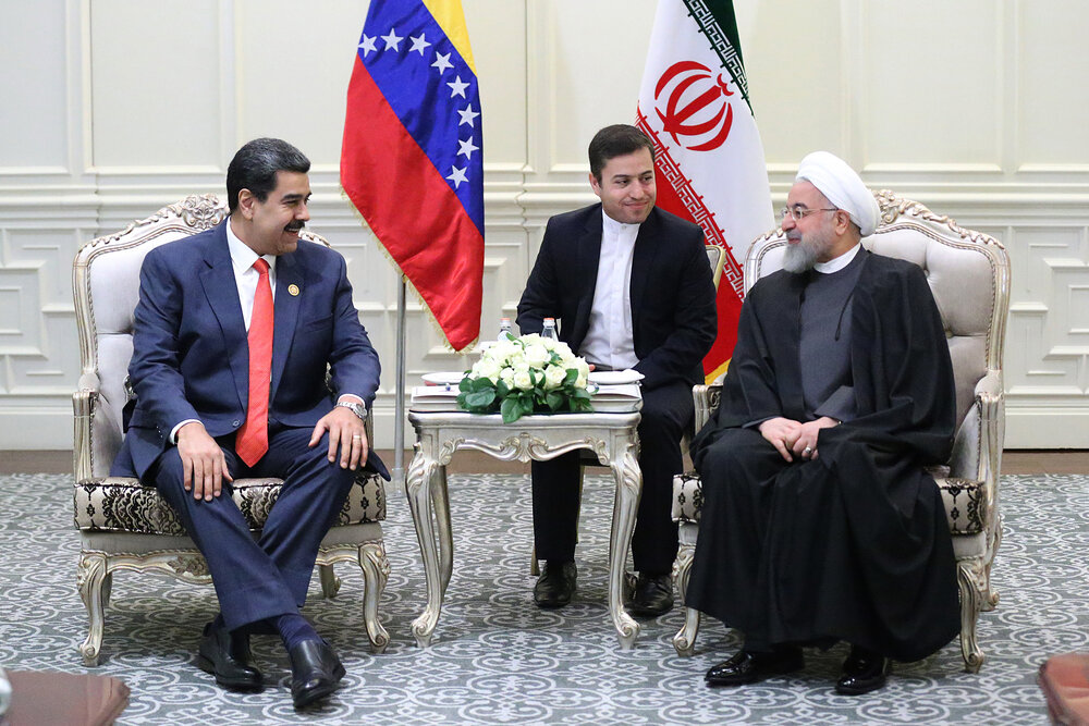 مقاومت ملتهای ایران و ونزوئلا و به شکست کشاندن توطئه های آمریکا تحسین برانگیز است