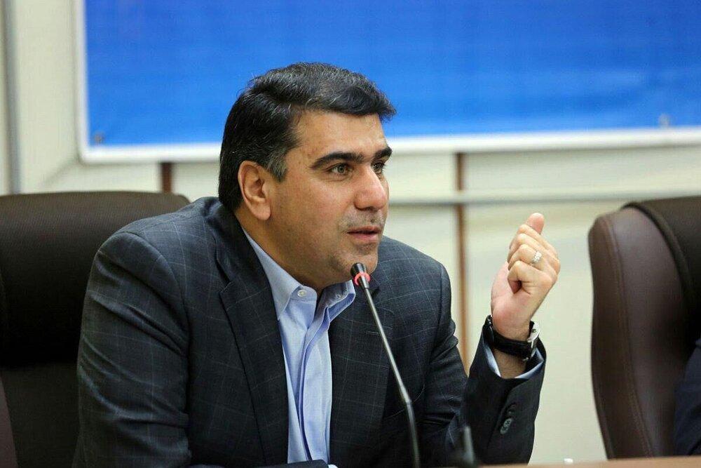 واکنش معزی به توهین یک روحانی به رئیس جمهور از رسانه ملی