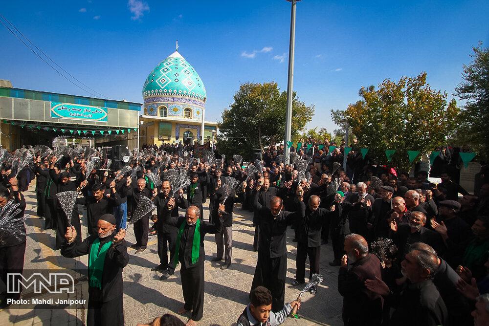 عزاداری شهادت امام رضا(ع) در گلستان شهدای رهنان