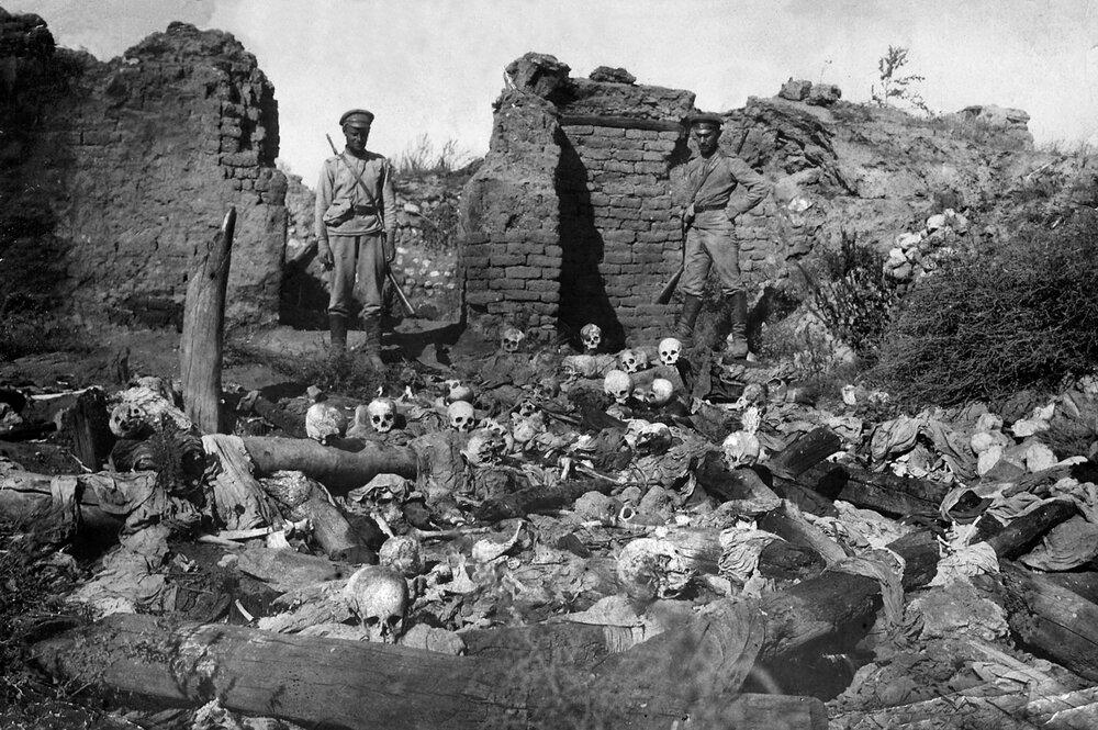 بررسی ریشه ها و پیامدهای «نسل کشی ارامنه» در  صدو پنجمین سالروز این واقعه