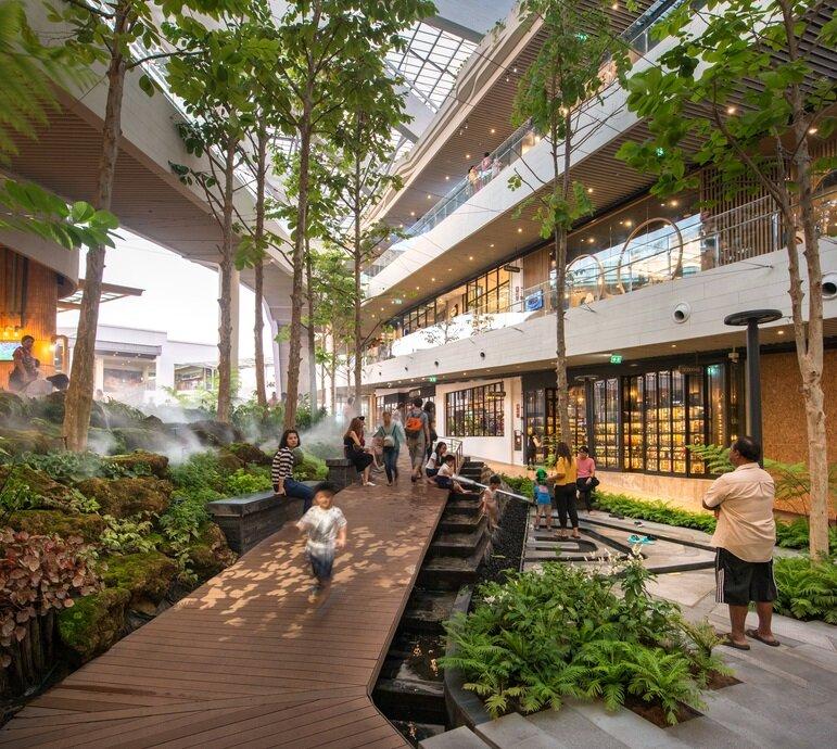 مرکز خریدی به وسعت یک شهر؛ پیوند زندگی شهری با طبیعت