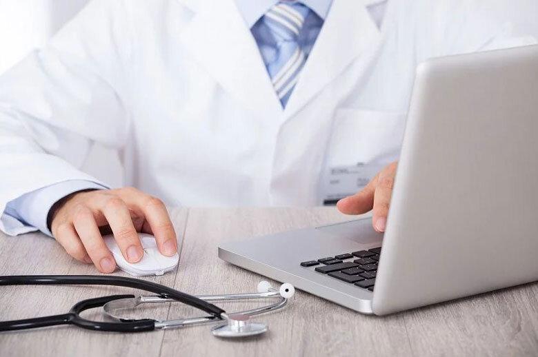 """""""دستیاری اطلاعات بالینی"""" و نقش آن در بهبود بیماران"""