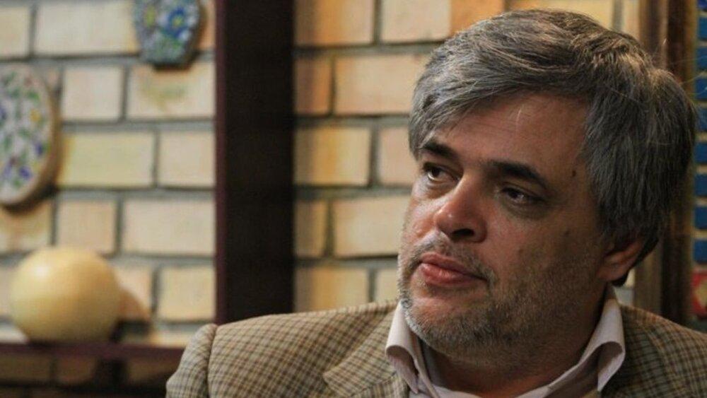 مهاجری خطاب به محسن رضایی: بگذار کمی نان سر سفره مردم بماند