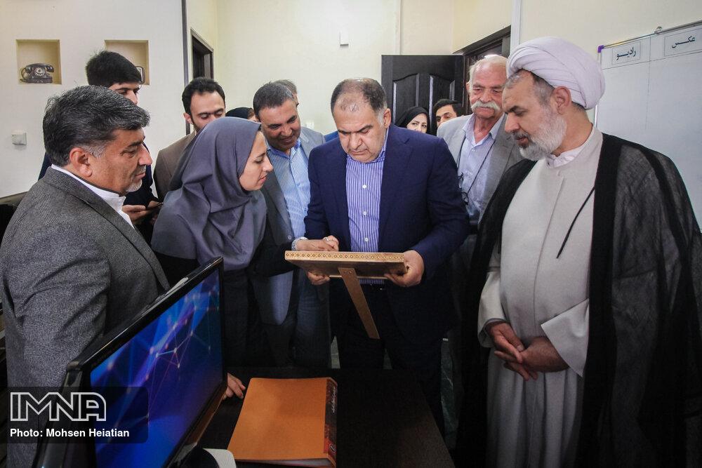 بازدید معاون مطبوعاتی وزیر ارشاد از مجتمع مطبوعاتی اصفهان