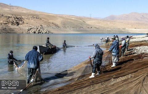 معضل دریاچه سد مهاباد با تصرفها و فاضلابها