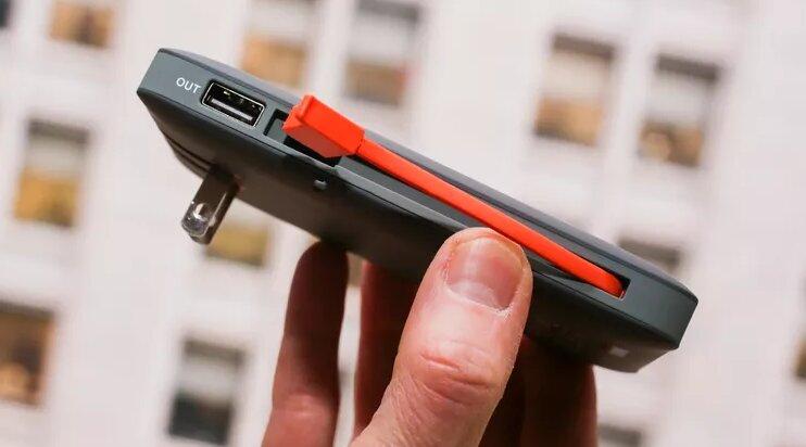 بهترین شارژر همراه گوشیهای اپل