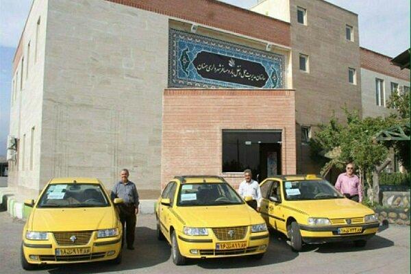 توزیع بسته حمایتی روغن خودرو به تاکسیرانان قزوین