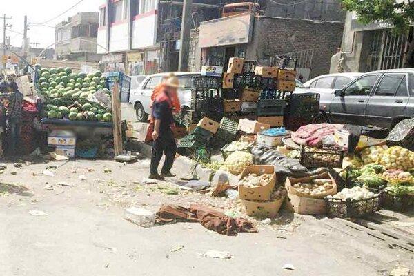 ممنوعیت فروش کالا از خودروهای پارک شده مقابل مغازهها در یزد