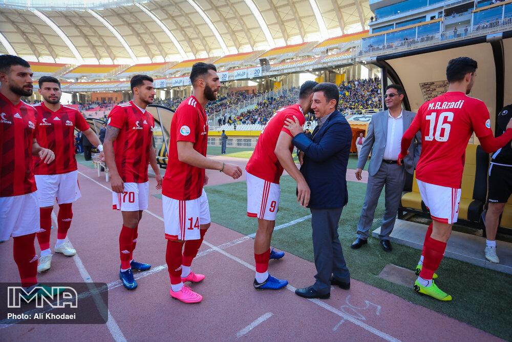 تیمهای منصوریان تغییرات زیادی دارد/ انتظار هواداران تراکتور از تیمشان بیشتر شده است