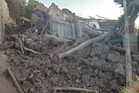 تخریب ۲۰ واحد مسکونی مددجویان بهزیستی بر اثر زلزله میانه