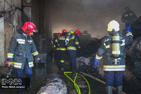 آتشسوزی در کارخانه الیاف