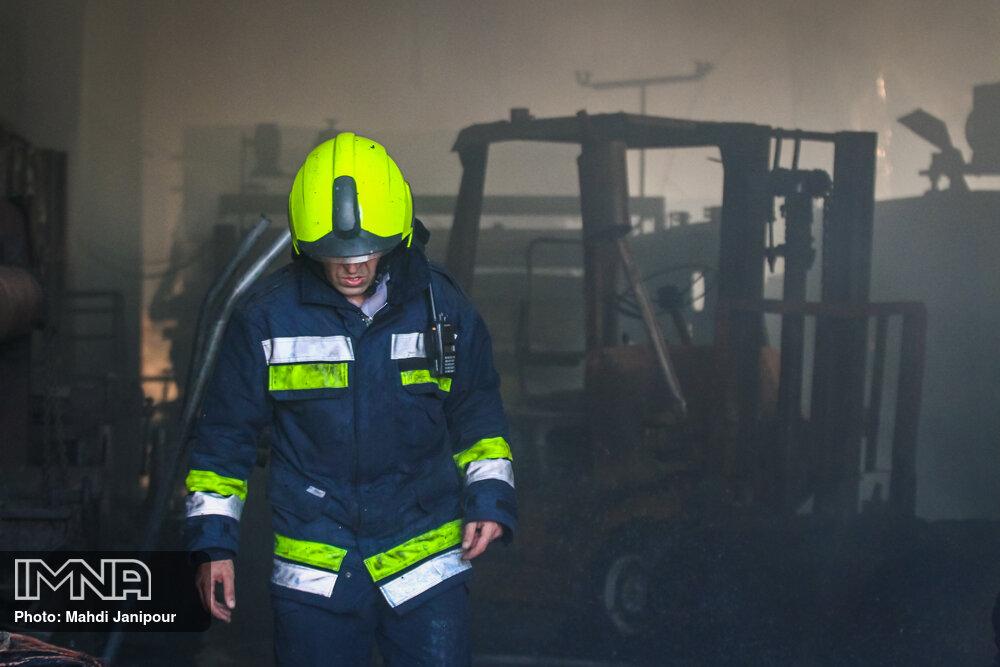 آتش سوزی بازار اروند خرمشهر/تغییر ساعت طرح ترافیک تهران