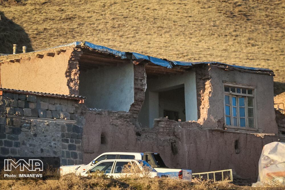 خسارت ۱۰۰ درصدی به ۱۵ درصد منازل مسکونی سیسخت
