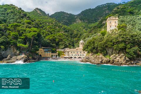 ساحل San Fruttuoso در ایتالیا