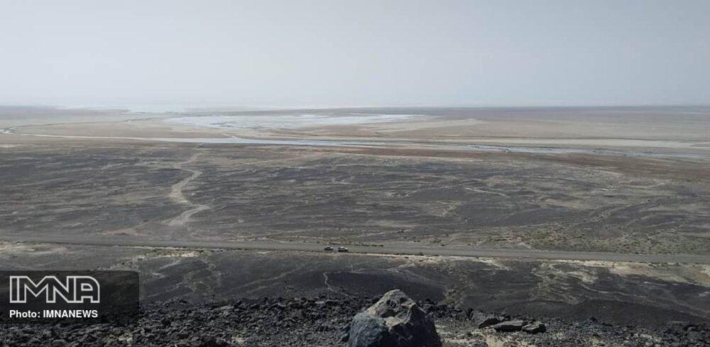 ۱۰۰ کیلومتر انتهای زایندهرود رها شده است/همه موانع احیای تالاب گاوخونی