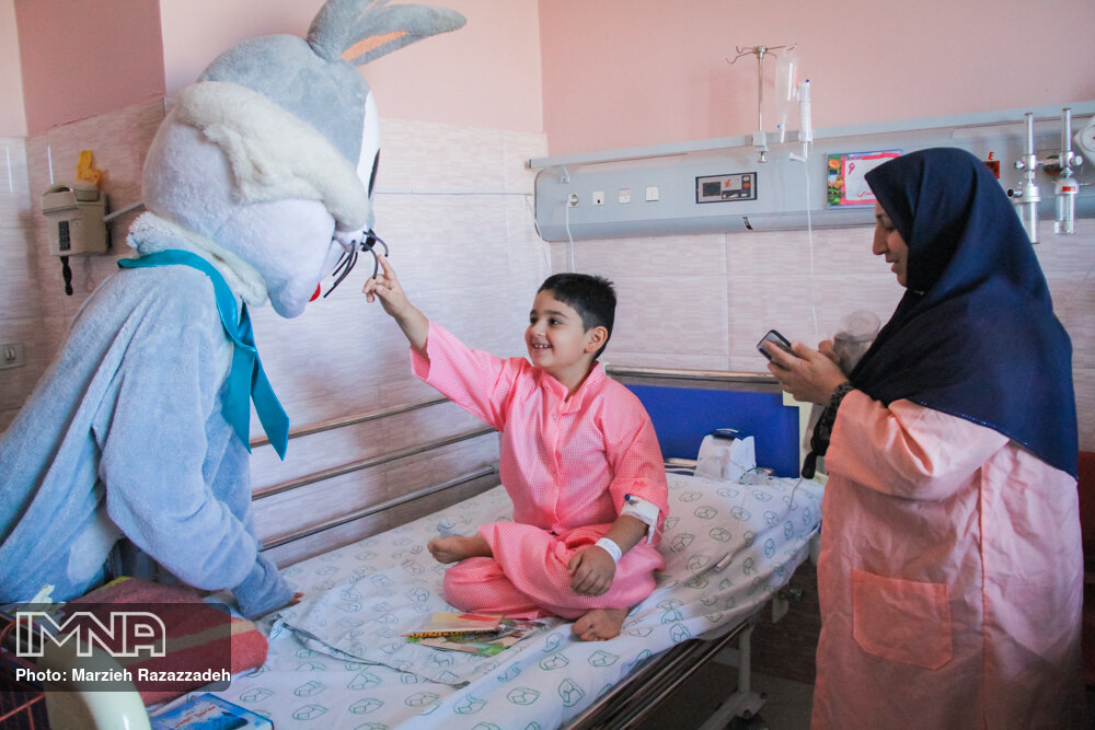 اوریگامیهایی برای کودکان بیمارستان امام حسین