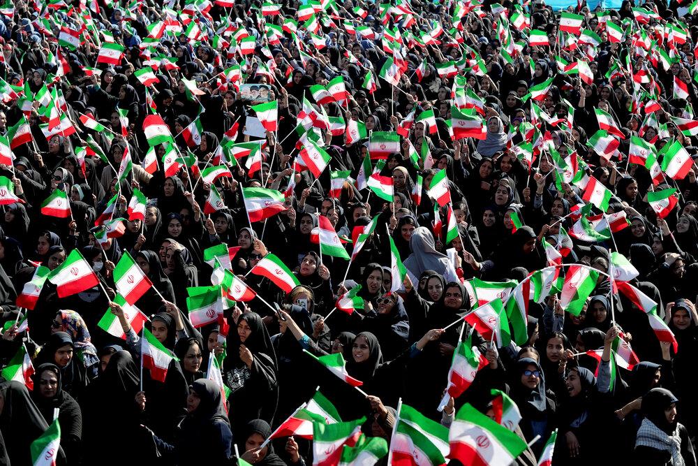 قدردانی دفتر رئیس جمهوری از استقبال مردم یزد و کرمان از کاروان تدبیر و امید