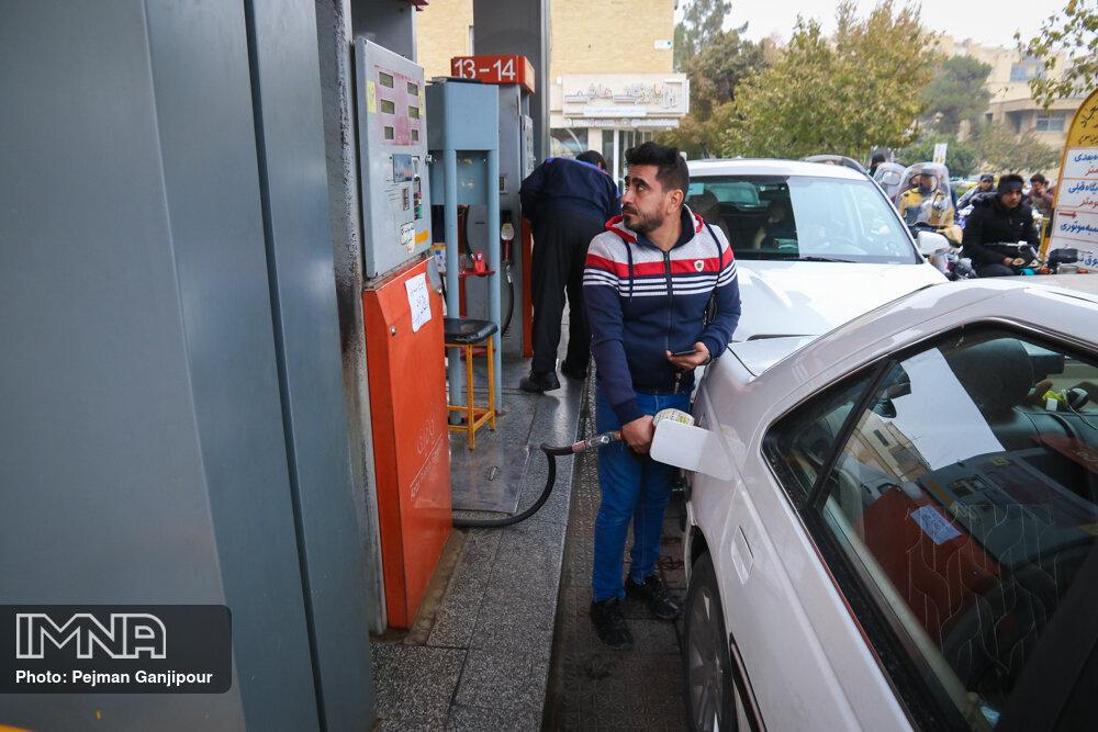 احداث نخستین جایگاه پمپ بنزین در شهر لیسار