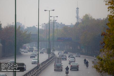 جو اصفهان همچنان پایدار است/آلودگی تا دو روز آینده در اصفهان میماند