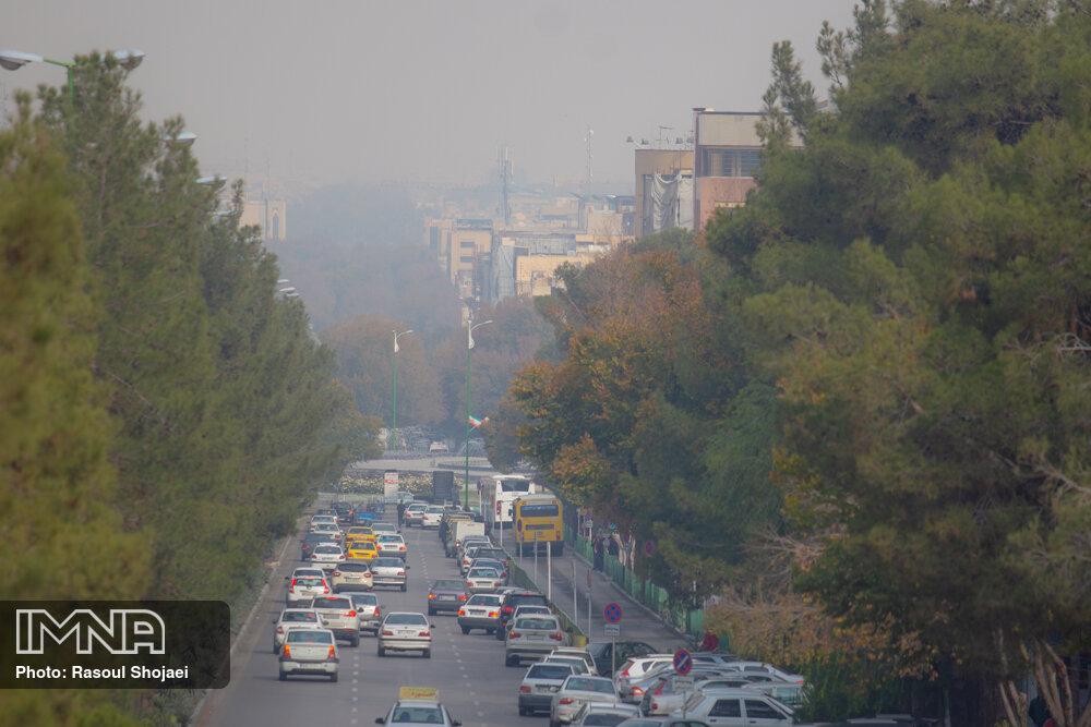 هوای اصفهان بر مدار آلودگی