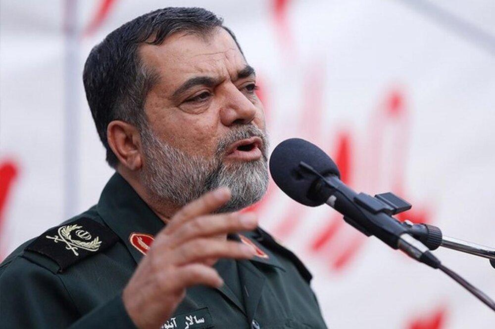 امروز کسی ایرانی است که بسیجی باشد