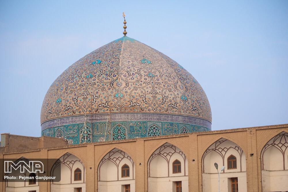 گنبد مسجد شیخ لطف الله پس از مرمت