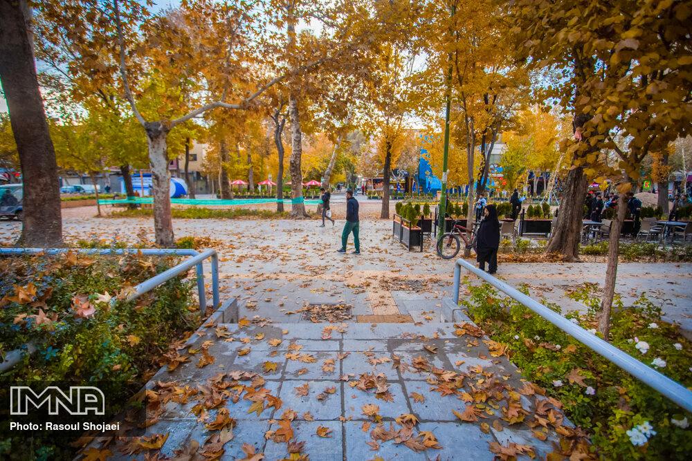 گذری بر نقش و نگار خیابانی اصفهان