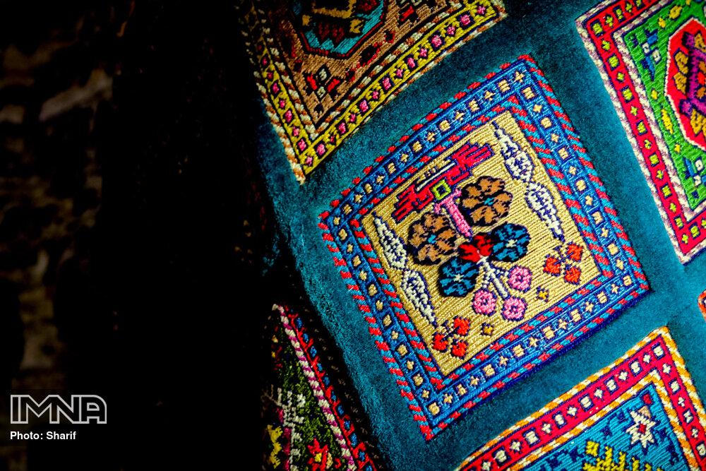 China to facilitate silk import to Iran