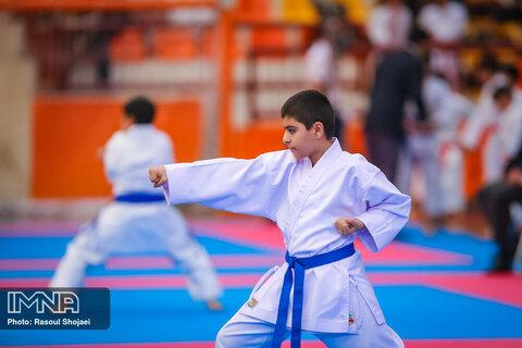 جلسه مشترک کمیته استعدادیابی فدراسیون کاراته و وزارت ورزش