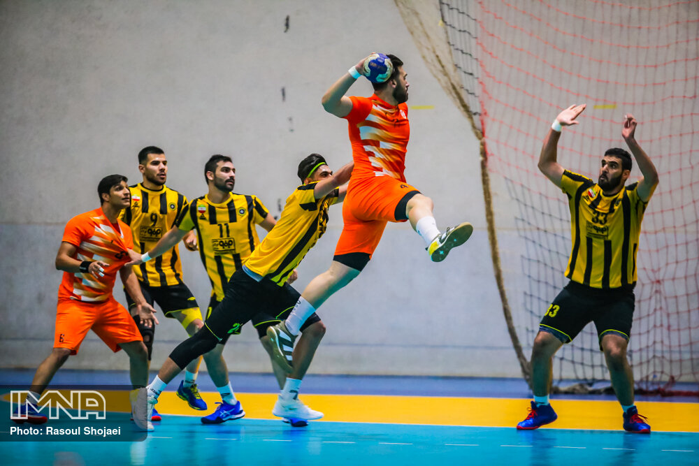 پنجمی مس کرمان در هندبال باشگاههای آسیا/ صادقی برای سومین بار بهترین بازیکن شد