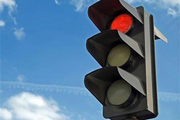 زمانبندی مجدد چراغهای راهنمایی در راستای اولویتدهی به حمل و نقل همگانی